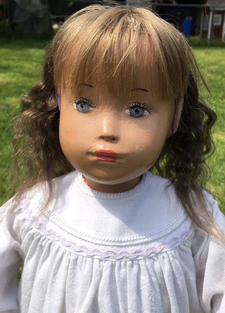 Bonnie, studio doll