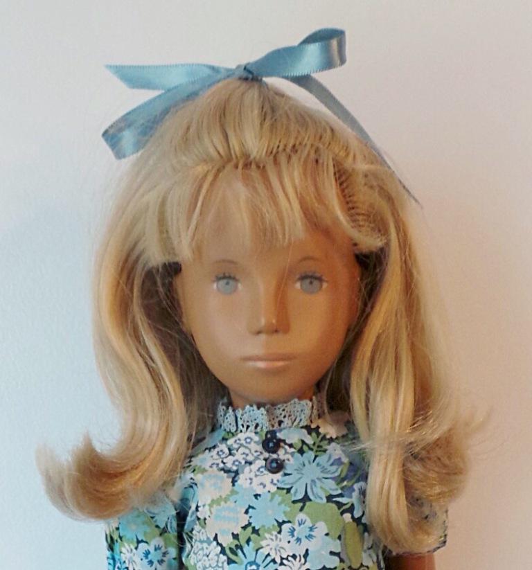 Fara, 1968 Fringe girl