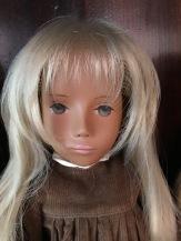 Hayley, early Gotz girl